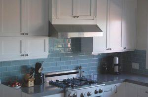 كيف تختارين تصميم شفاط المطبخ المناسب؟