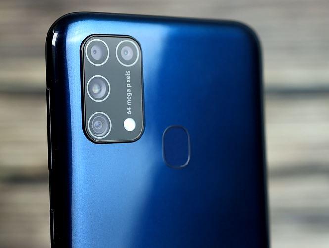 عيوب Samsung M31